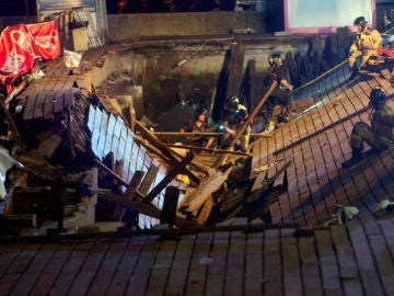 Noticias 1 Antena 3 (13-08-18) Más de 300 heridos al desplomarse un muelle durante un festival de música en Vigo