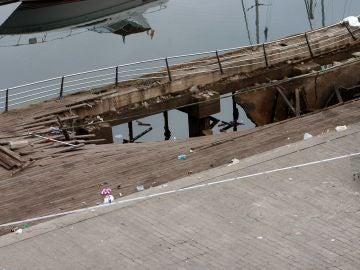 El desplome de una pasarela de madera durante una de las actuaciones del festival de deporte y cultura urbana 'O Marisquiño'