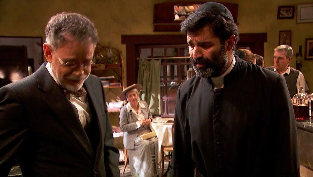 El doctor Zabaleta diagnostica a doña Magdalena a petición de Berengario
