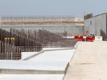 Uno de los estadios en los que se disputará el Mundial de Qatar, en obras