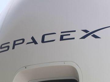 SpaceX planea su primer viaje tripulado en 2019