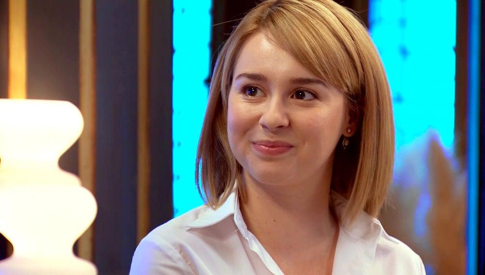 Luisita, se deshace ante la declaración de amor de Arturo