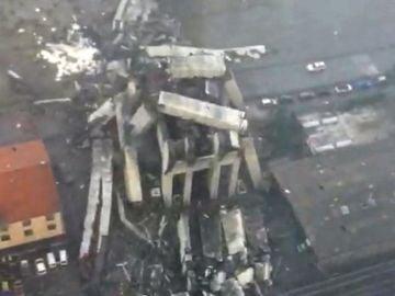 Vista aérea del derrumbe de un viaducto en Génova