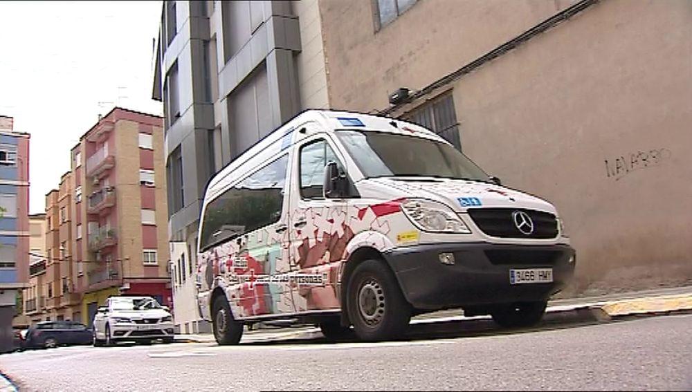 Cruz Roja abre una investigación interna después de que una anciana con Alzheimer fuera olvidada en un vehículo de la organización