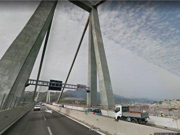 Así se veía en Google Maps el puente que se derrumbó en Génova