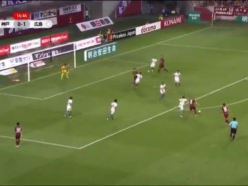 Segundo tanto de Iniesta en Japón: reedita su golazo de Stamford Bridge
