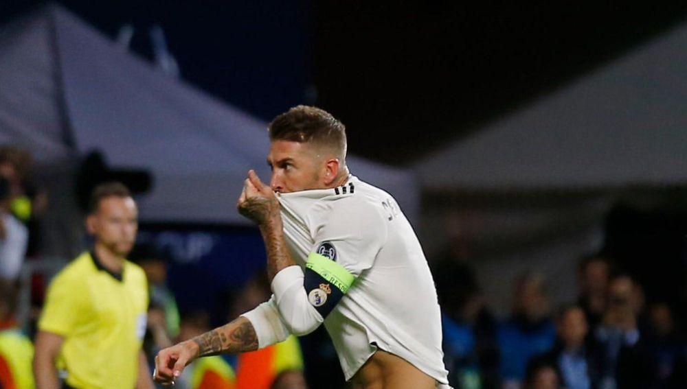 Sergio Ramos celebra un gol en la Supercopa de Europa