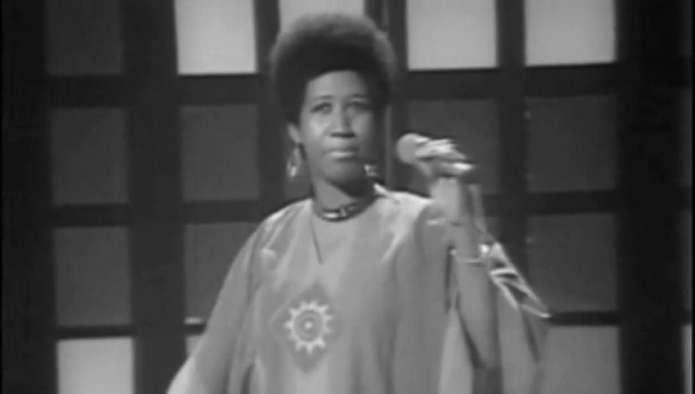 Las diez canciones que hacen inmortal a Aretha Franklin, la estrella del góspel que se convirtió en la 'reina del soul'