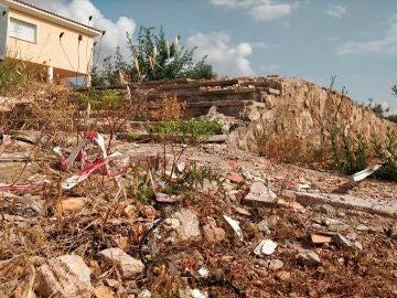 El chalet en la localidad de Alcanar (Tarragona) donde explotó el material