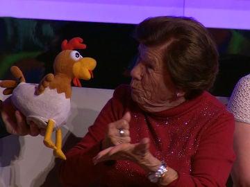 Arturo Valls, inquieto por descubrir el significado de los extraños gestos de una señora del público