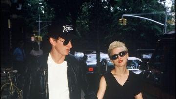 Madonna conoció a Sean Penn en 1985 cuando rodó el videoclip de 'Materal Girl'. Se casaron seis meses después y cuatro años más tarde se separaban por diferencias irreconciliables. Cuando hace unos años salió a la luz que el actor podría haberla agredido físicamente en alguna ocasión, la reina del pop lo desmintió.