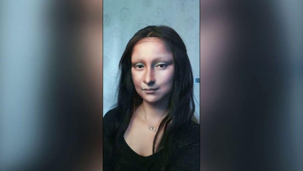 Una blogger china se transforma en una obra de arte con su maquillaje