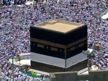 Más de 1.6 millones de personas se concentran en la Meca, uno de los ritos anuales más importantes para los musulmanes