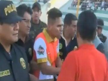 Un jugador peruano, detenido