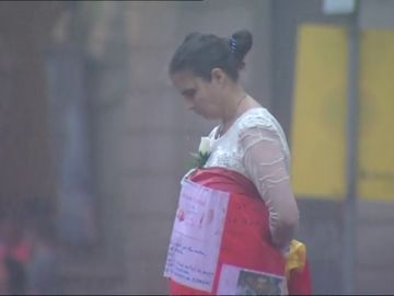 """Liberan globos blancos con """"mensajes de amor"""" para recordar a las víctimas del 17-A"""