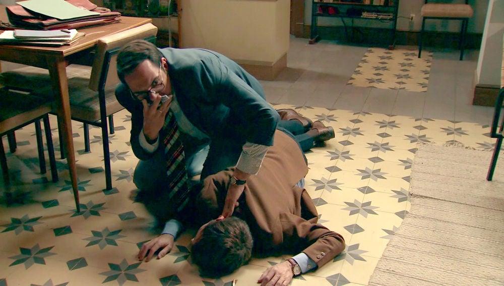 Lalo encuentra inconsciente a Durán