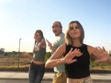 Adela, Fe y Don Anselmo dedican un fantástico baile a Luis Fonsi