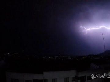 Espectacular tormenta eléctrica en Vigo