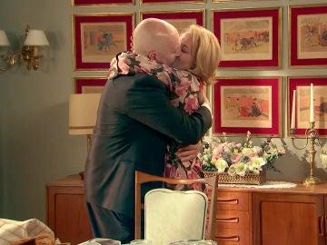 Julián y Matilde dan un paso importante en su relación