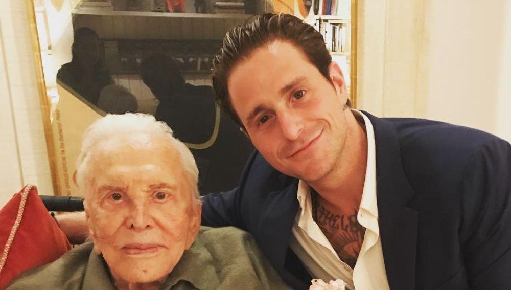 Kirk Douglas y su nieto Cameron Douglas
