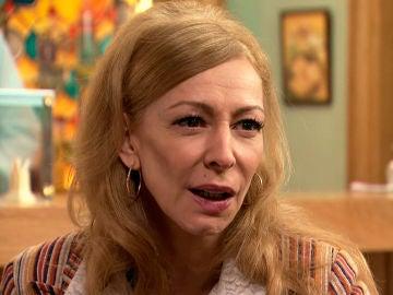 Mariola, enfadada con Julián al descubrir que colaboró en el relato erótico de Matilde