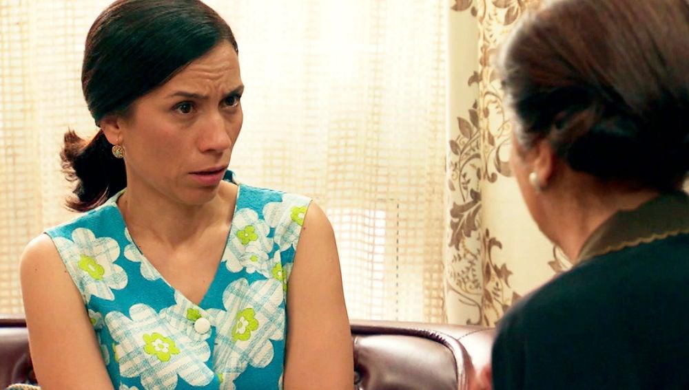 """Pía le pide a Manolita que controle a María porque es una """"fresca"""""""