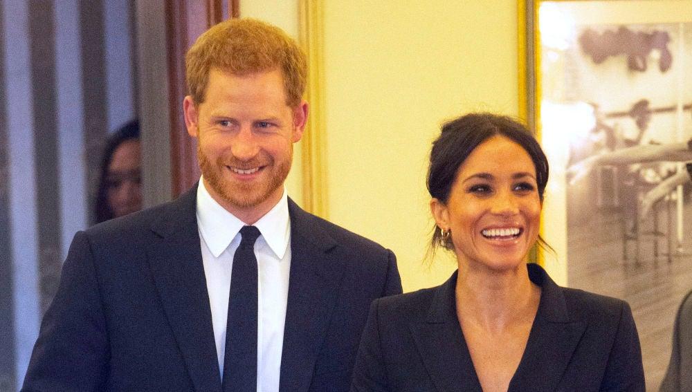 El príncipe Harry y Meghan Markle durante su primer acto oficial tras las vacaciones