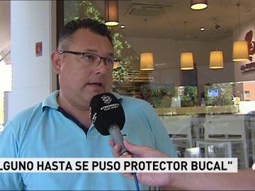 """La pelea entre radicales siembra el pánico en Sevilla: """"Volaron sillas, ladrillos...de todo"""""""
