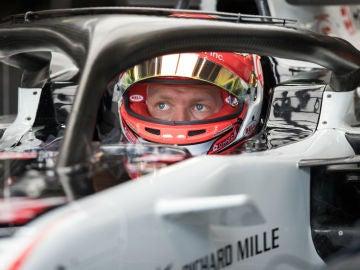 Kevin Magnussen, en el Haas