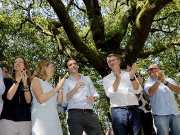El presidente del Partido Popular, Pablo Casado y el presidente de la Xunta de Galicia, Alberto Núñez Feijoo