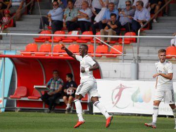 Vinicius, doblete y buenos detalles ante el filial del Atlético