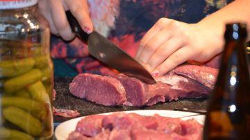 Lo de comer demasiada proteína también tiene sus riesgos.