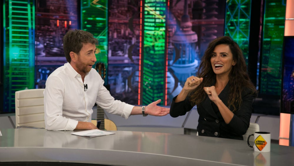 """Penélope Cruz agradece a 'El Hormiguero 3.0' la ayuda con su Fundación: """"Conseguimos 100.000€ y subieron 2.000 socios"""""""