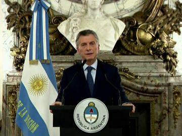 Macri reduce su Gobierno a menos de la mitad para afrontar la crisis económica