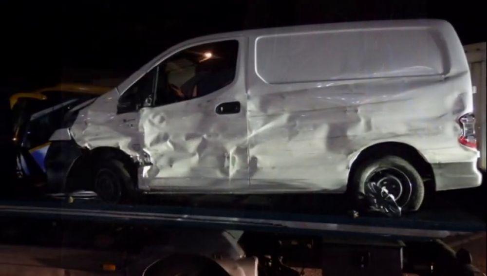 Detienen a un conductor por triplicar la tasa de alcohol tras accidentarse con su vehículo