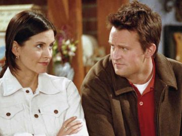 Mónica y Chandler en 'Friends'