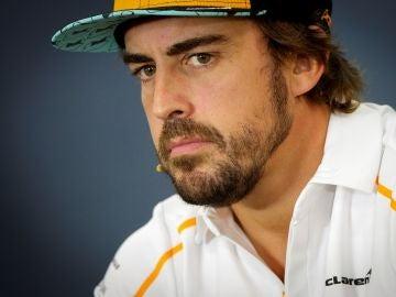 Fernando Alonso, durante una rueda de prensa
