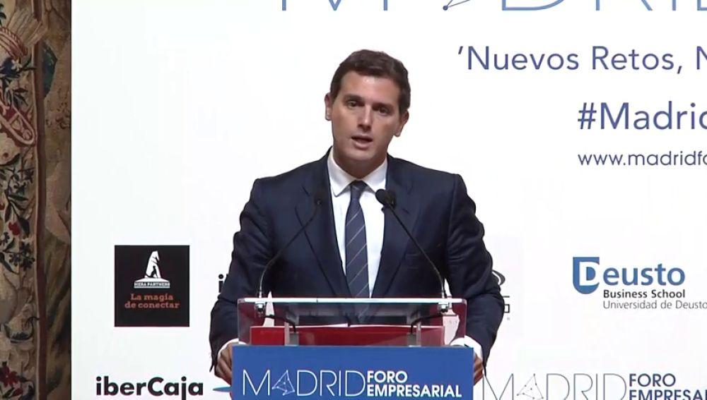 """Ciudadanos pide que Sánchez comparezca en el Congreso de forma urgente para esclarecer las """"dudas razonables"""" sobre su tesis doctoral."""