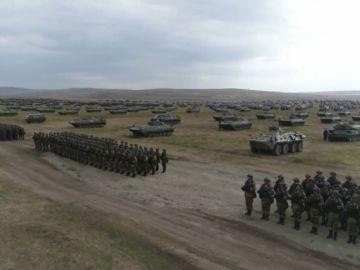 Rusia inicia las mayores maniobras militares desde 1981 con la ayuda de China y Mongolia