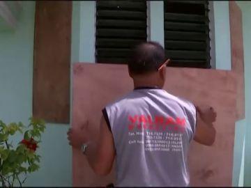 Comienzan las evacuaciones en Filipinas por el huracán Mangkhut