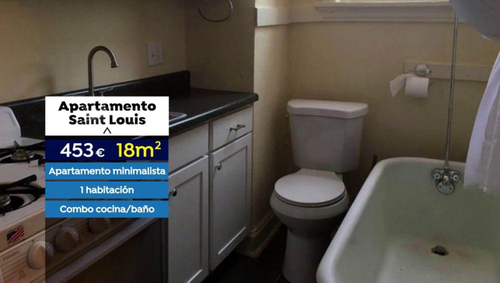 """Ofrecen un """"estudio coqueto"""", de 18 metros a 450 euros con la bañera y el váter en la cocina en Florida"""
