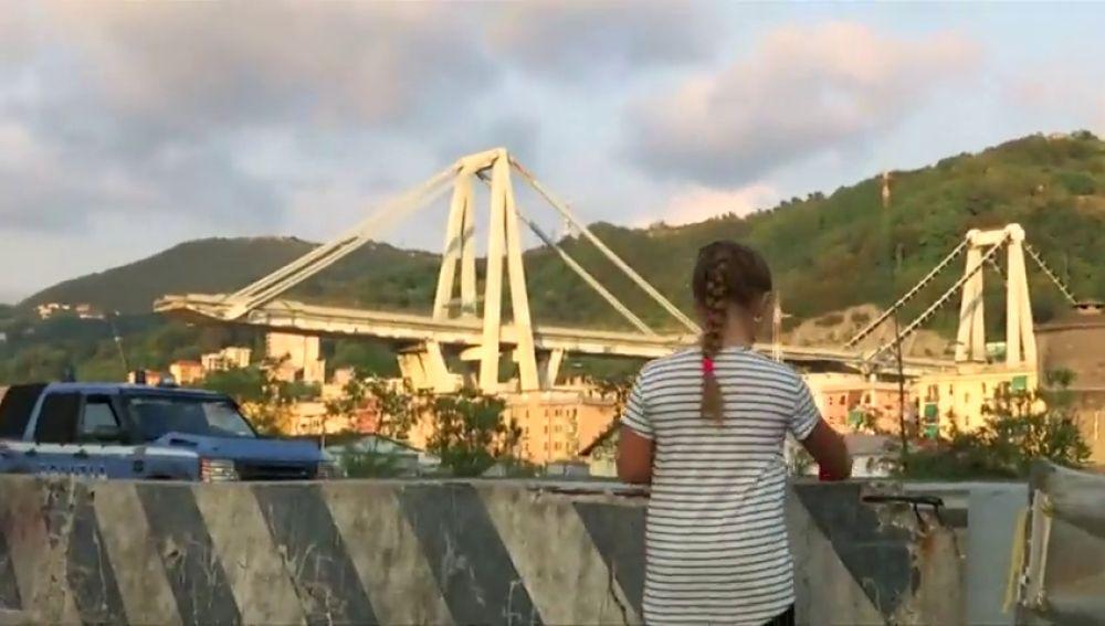 Génova guarda un minuto de silencio y recuerda a las víctimas del puente Morandi