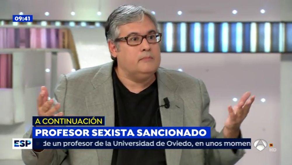 """Juan Manuel de Prada confiesa en 'Espejo Público' que le atajar su carrera universitaria: """"A mi me ofrecieron lo mismo que a Ada Colau"""""""