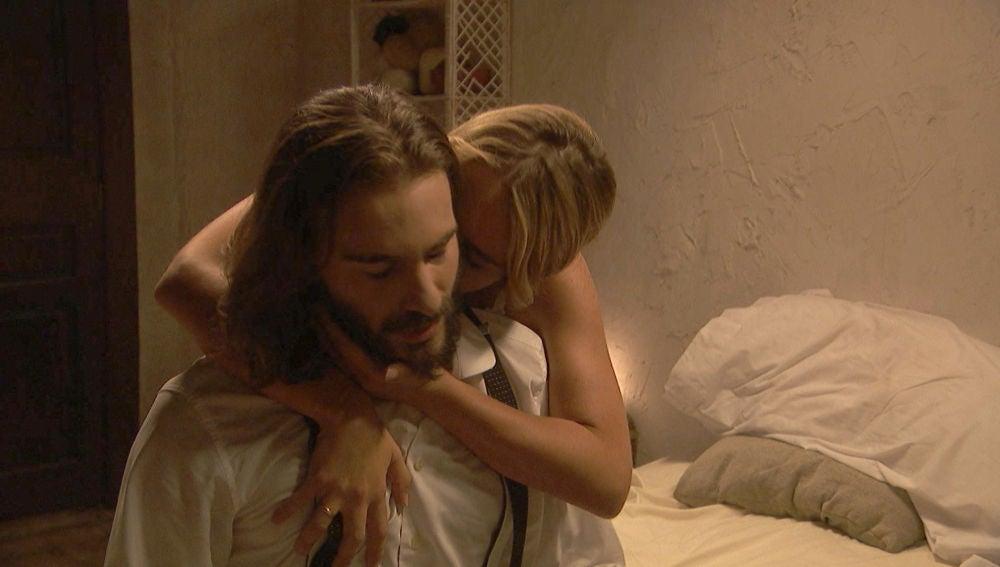 La primera noche de pasión de Isaac y Antolina