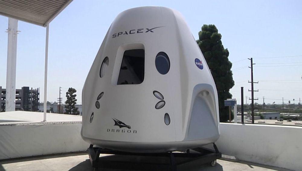 SpaceX ya tiene al primer pasajero que realizará un viaje privado a la Luna en uno de sus vehículos