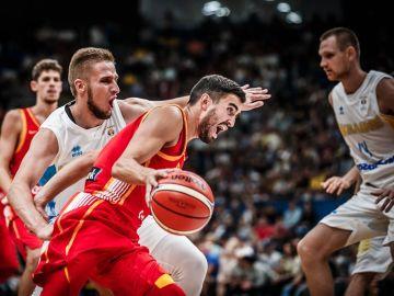 Momento del partido entre Ucrania y España