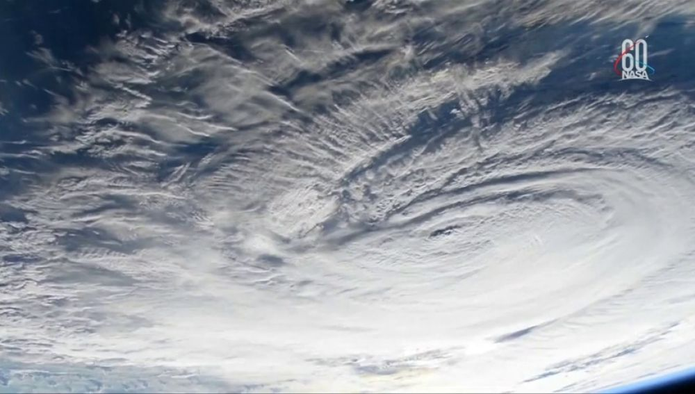 Así es el huracán Florence visto desde el espacio