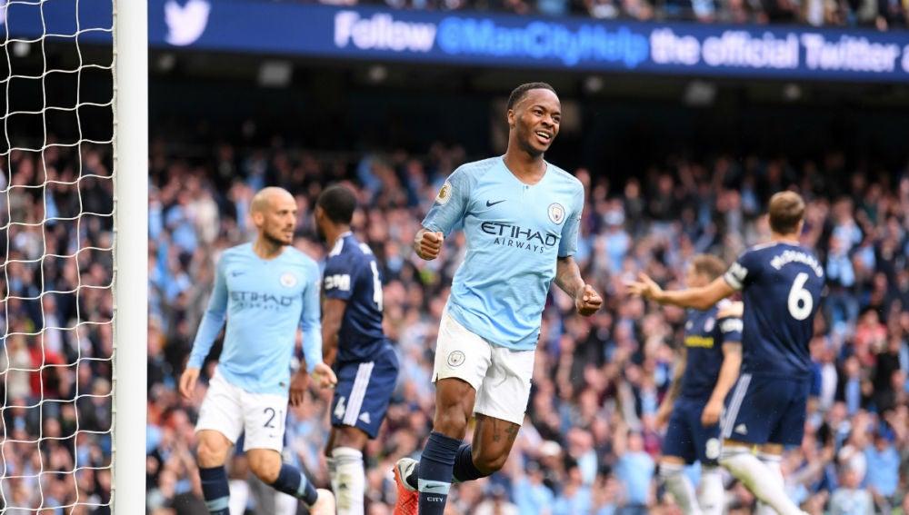 Sterling celebra un gol con el Manchester City
