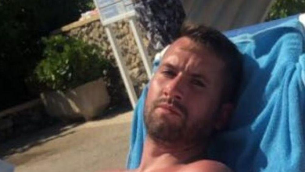 El turista que pide una compensación por salvar a dos niños