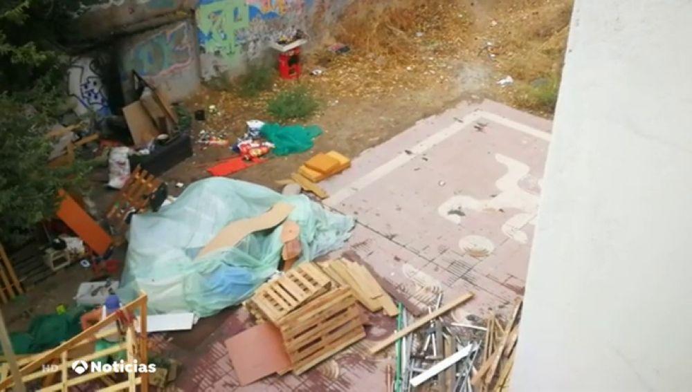 Los vecinos del barrio de Tetuán, en pie de guerra contra un grupo de okupas